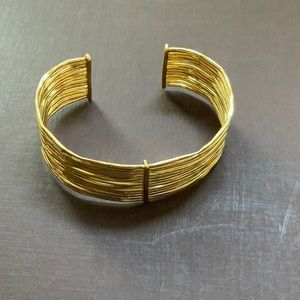 GORJANA JOSEY CUFF BRACELET NEVER WORN IN GOLD
